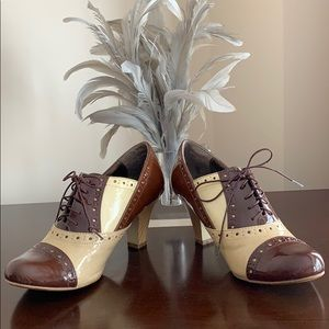 Aldo Oxford Size 39 Brown Beige and Taupe Shoe